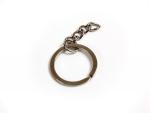 Кольцо витое плоское с цепочкой 28 мм